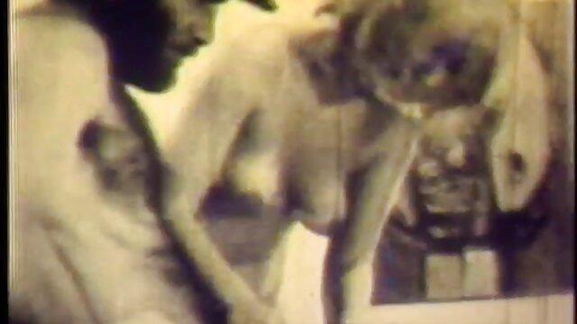 Beste porno keine Registrierung  Chanell Heart und Jenna Foxx sind ein sex reife damen paar