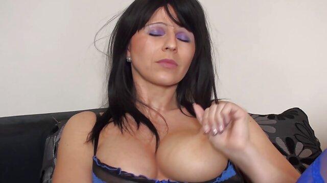 Beste porno keine Registrierung  Aubrey Schwarz-Welcum sex alte dame Home FullHD 1080p