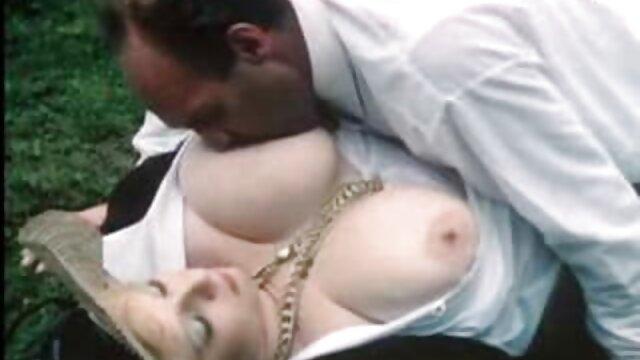 Beste porno keine Registrierung  Busty alte damen sex TS Babe Nimmt Den Schwanz Stürzen