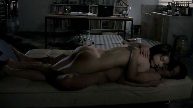 Beste porno keine Registrierung  Big Dicked TS Melissa Azuaga Cums Auf Ihrem sex alte dame Stiefel