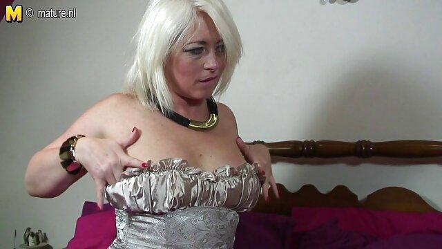Beste porno keine Registrierung  Charlotte Sins-Der Gewinner kann ältere damen beim sex den Verlierer dazu bringen, alles zu tun (2020)