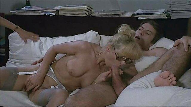 Beste porno keine Registrierung  TS Bdsm Sex Videos Bett scharfe reife damen Gebunden und Vibed