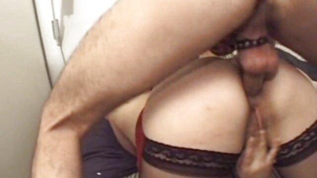 Beste porno keine Registrierung  DreamTranny-Mariana alte damen beim sex Lins-Bläst Sie, bevor Sie sie fickt