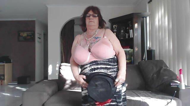 Beste porno keine Registrierung  Tiny Carolina alte damen erotik Sweets Genießt Ignite Ficken Mit BBC