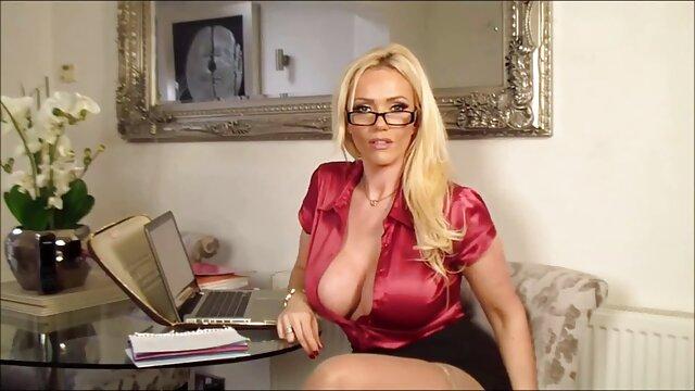 Beste porno keine Registrierung  Roxy Lippen – free reife damen Bdsm-Dreier Playdate