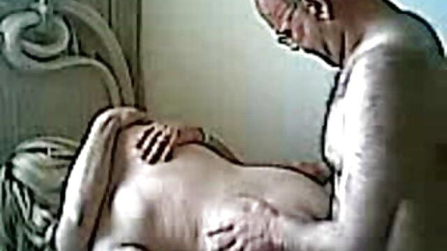 Beste porno keine Registrierung  Florane Russell – Anal Im ältere sex frauen Büro (2020)