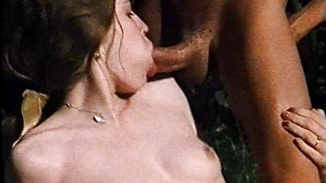 Beste porno keine Registrierung  Vanna Bardot – Studly Codey Steele Verwöhnt, Dann geile reife alte frauen Knallt Heiß Vanna (2020)